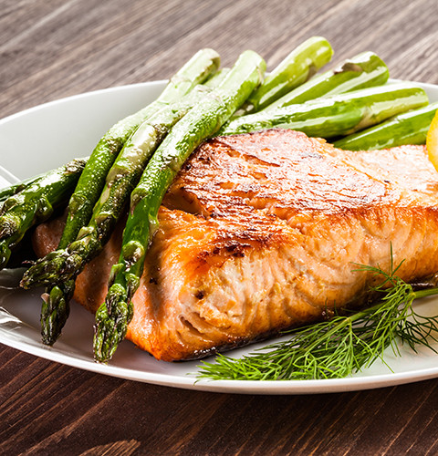 Dilled salmon and fresh asparagus with Corina ApresMidi