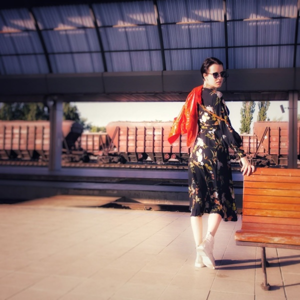 Summertime fashion with Corina ApresMidi