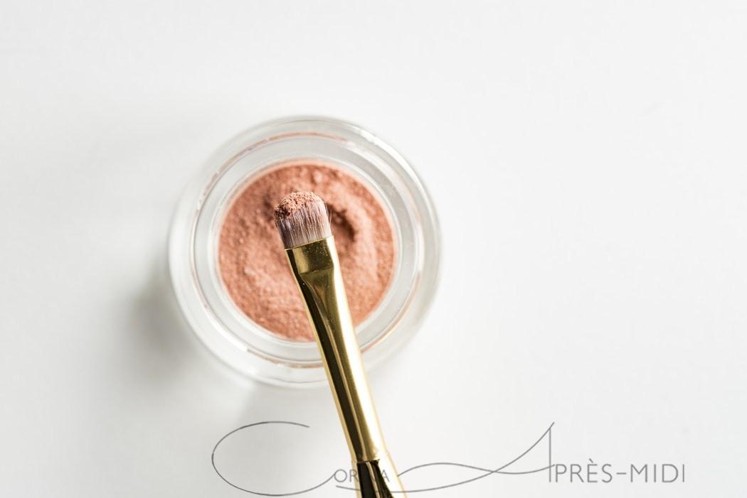 Seeking the perfect makeup: steps 9-10 with Corina ApresMidi