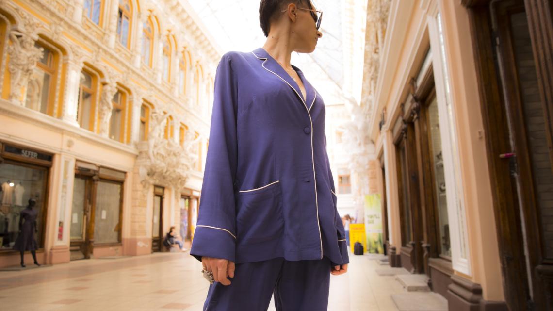 Pajamas all day with Corina ApresMidi
