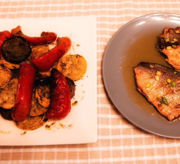 Grilled mahi-mahi with grilled veggies with Corina ApresMidi
