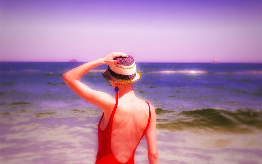 Is sunscreen efficient or life threatening? with Corina ApresMidi